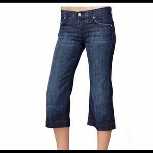 7 For All Manking Crop Dujo Distressed Capri Pants